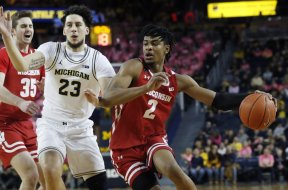 Badgers Aleem Ford v Michigan AP