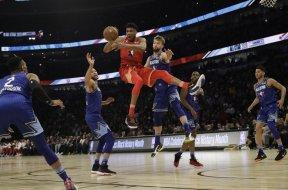 Bucks All Star Giannis AP