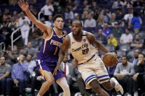 Bucks Middleton Suns Booker AP