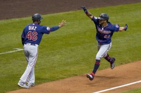 Twins Eddie Rosario celebrate AP