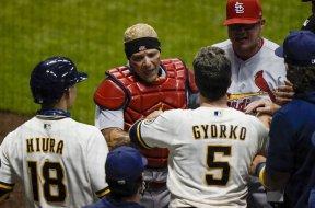 Brewers Cardinals brawl AP
