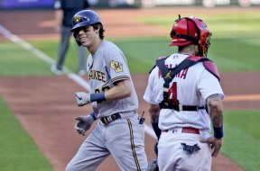 Brewers Yelich smile AP
