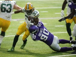 Packers Aaron Jones v Vikings AP