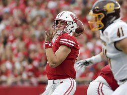 Badgers Graham Mertz AP
