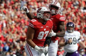 Badgers Isaiahh Loudermilk AP