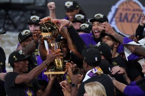 Lakers champs AP