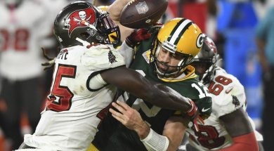 Packers Rodgers sacked Bucs AP