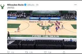 Bucks kneel