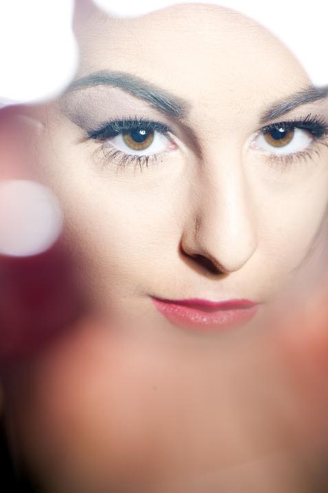 Megan models MAC lipstick, Bowling Green, Kentucky