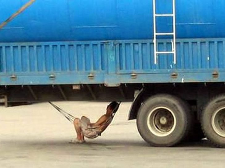 20+People Who Are SoInsane, It's Too Funny for Words (New Pics)