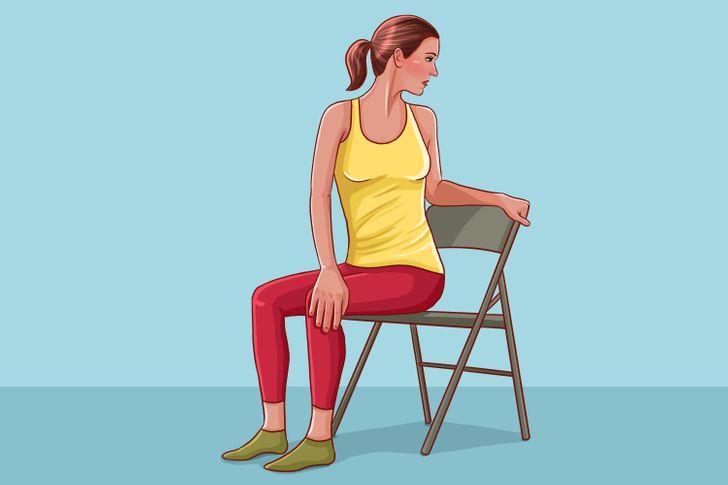 10 Estiramientos para relajar la columna después de un día duro