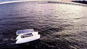 Solliner czyli polska eko łódź napędzana słońcem - wlaczoszczedzanie.pl / @Green Dream Boats