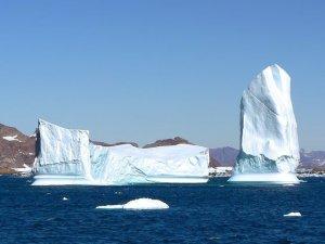 Lodowce Grenlandii topią się w zastraszającym tempie