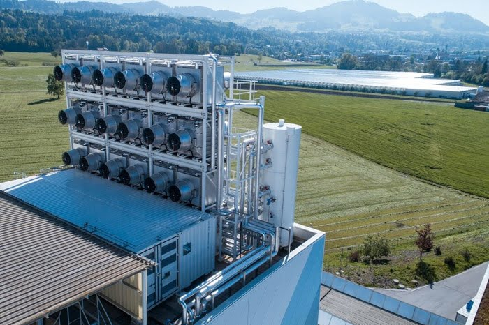 Szwajcarzy zbudowali komercyjną instalację która wyłapuje dwutlenek węgla - wlaczoszczedzanie.pl
