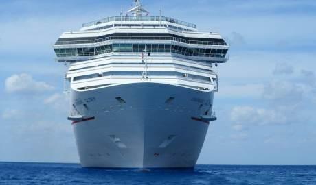 Nadchodzi era statków przyszłości zasilanych napędem hybrydowym i energią wiatrową