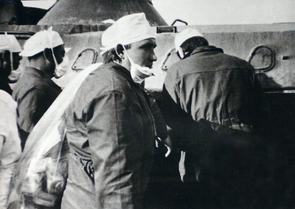 Członkowie ekipy usuwającej skutki awarii