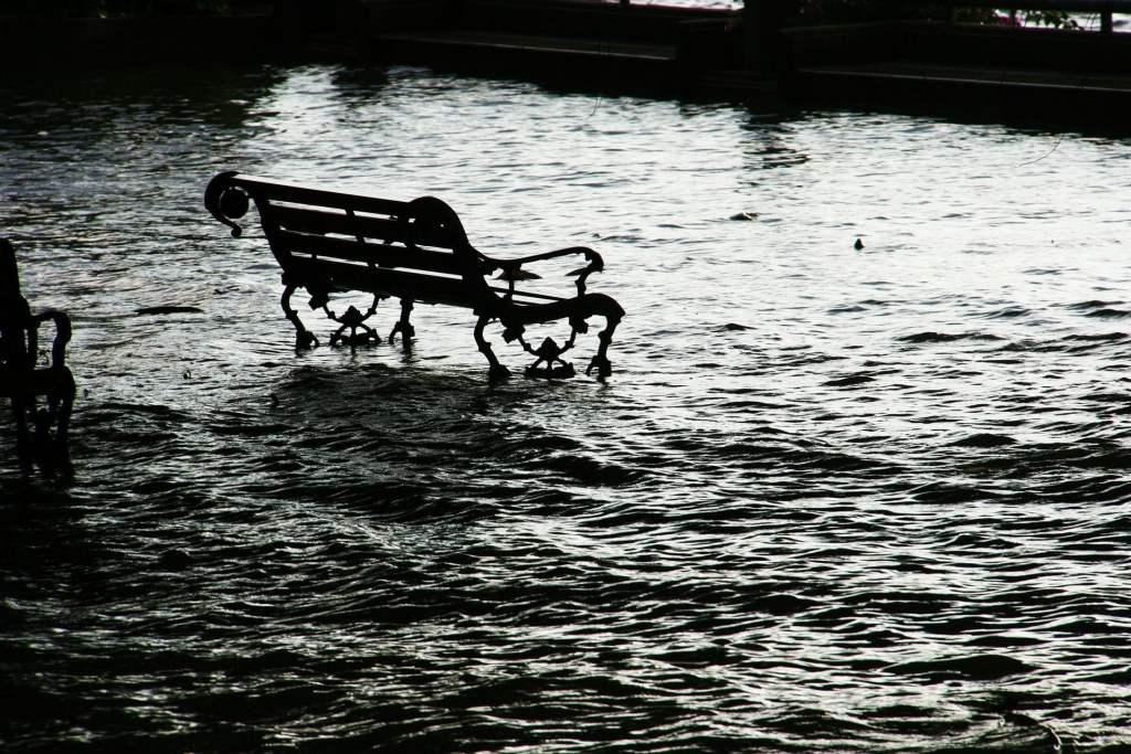 W Polsce intensywnych opadów i powodzi będzie coraz więcej. Przyczynią się do tego postępujące zmiany klimatyczne