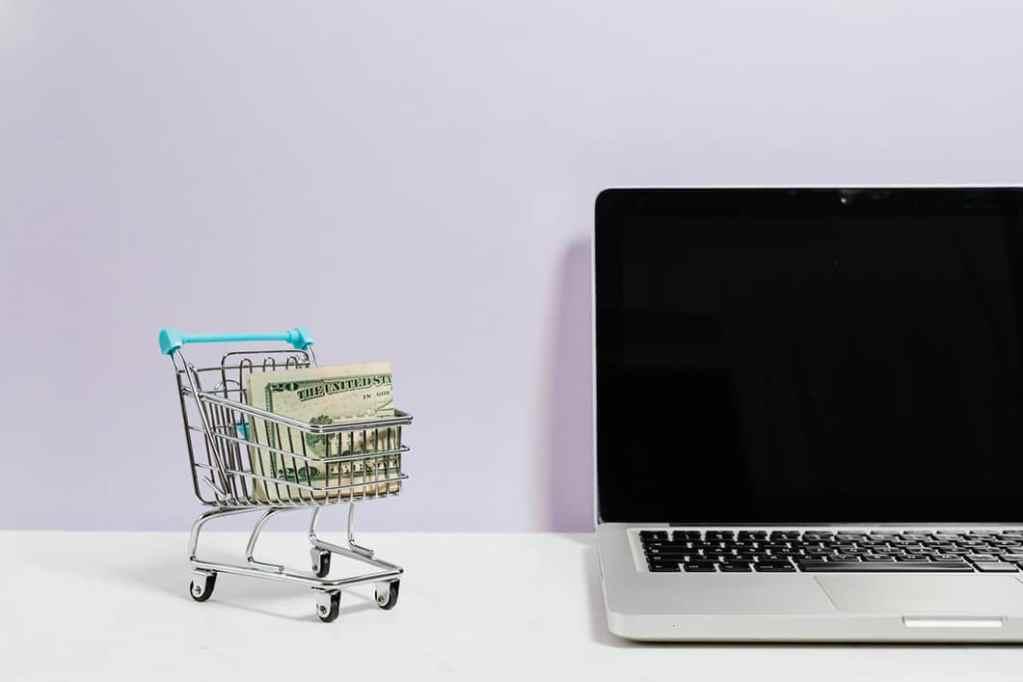 Elementarz świadomego konsumenta, czyli co trzeba wiedzieć, poruszając się w gąszczu otaczających ofert?