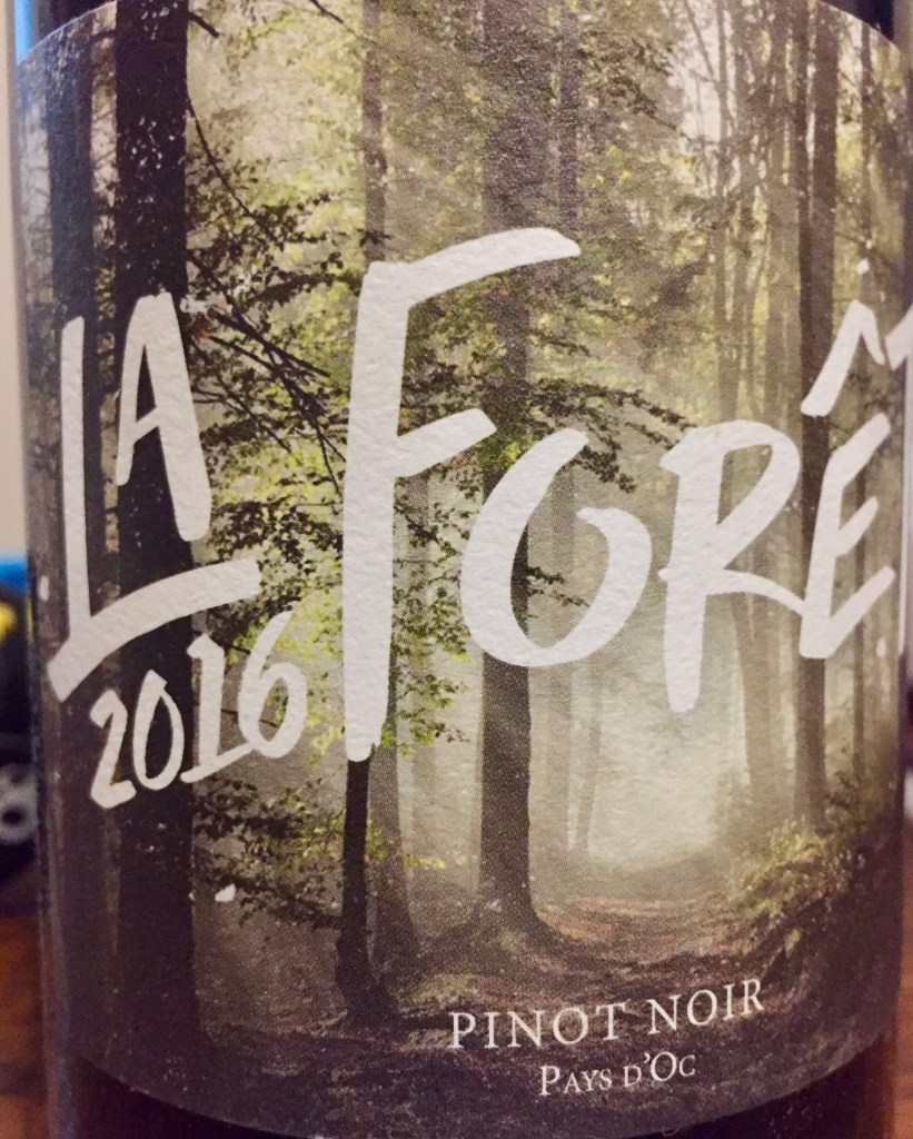 Label from bottle of La Forêt Pay D'Oc 2016 Pinot Noir