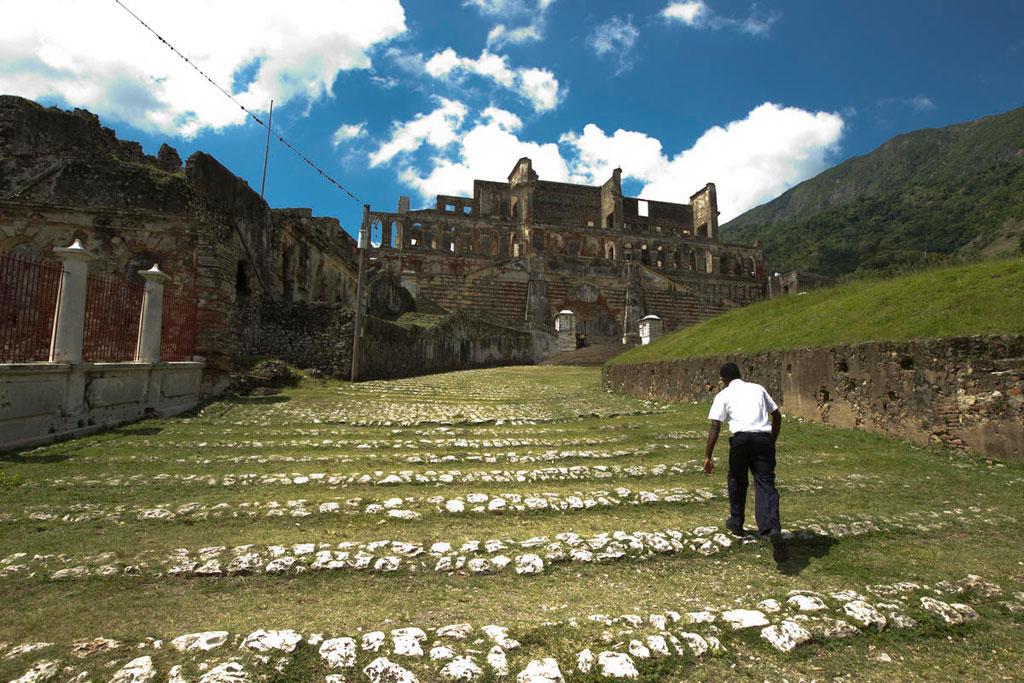 A man climbs up the steps of Sans-Souci Palace, a 200-year-old royal residence built by King Henri-Christophe of Haiti, near Cap-Haïtien. UN Photo/Victoria Hazou
