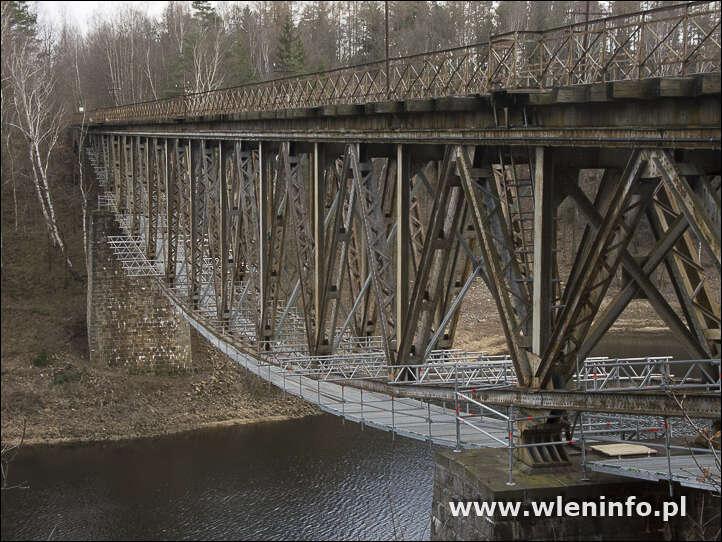Stanowisko polskiego producenta hollywoodzkiej produkcji filmowej w sprawie mostu i linii kolejowej