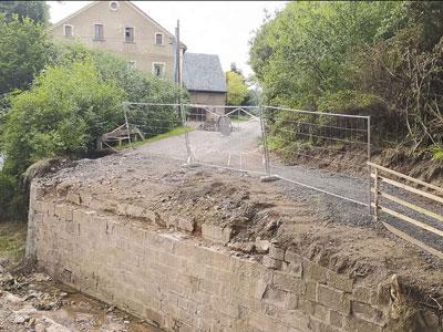 Trwa remont mostu w ciągu drogi powiatowej z Wlenia do Jeleniej Góry w miejscowości Strzyżowiec