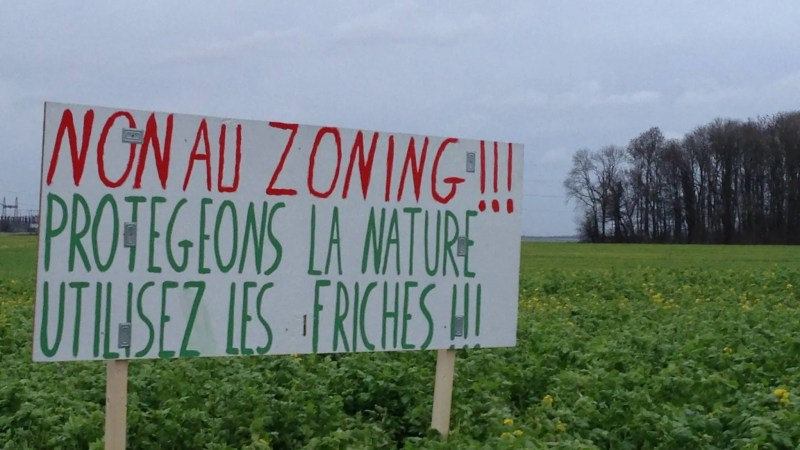 Non à l'extension du zoning de Courcelles!