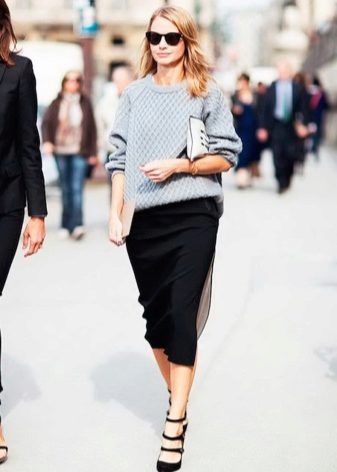 How to wear a sweater and skirt? 6