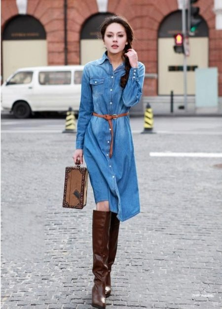 What can I wear with a denim shirt dress? 13