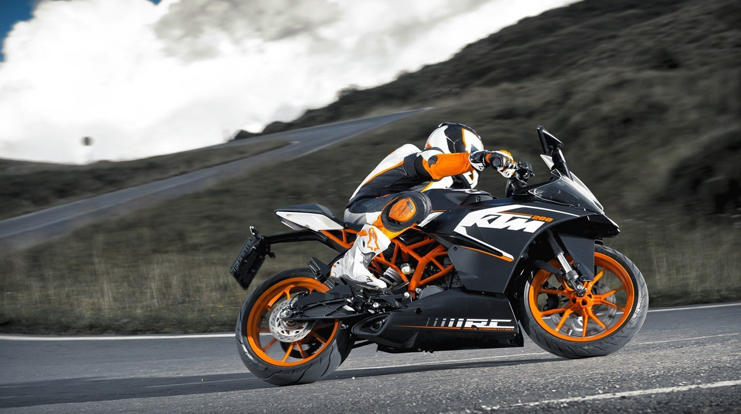New Ktm Rc 200 Specs 2016 2017 2018 2019 Autoevolution On This Month