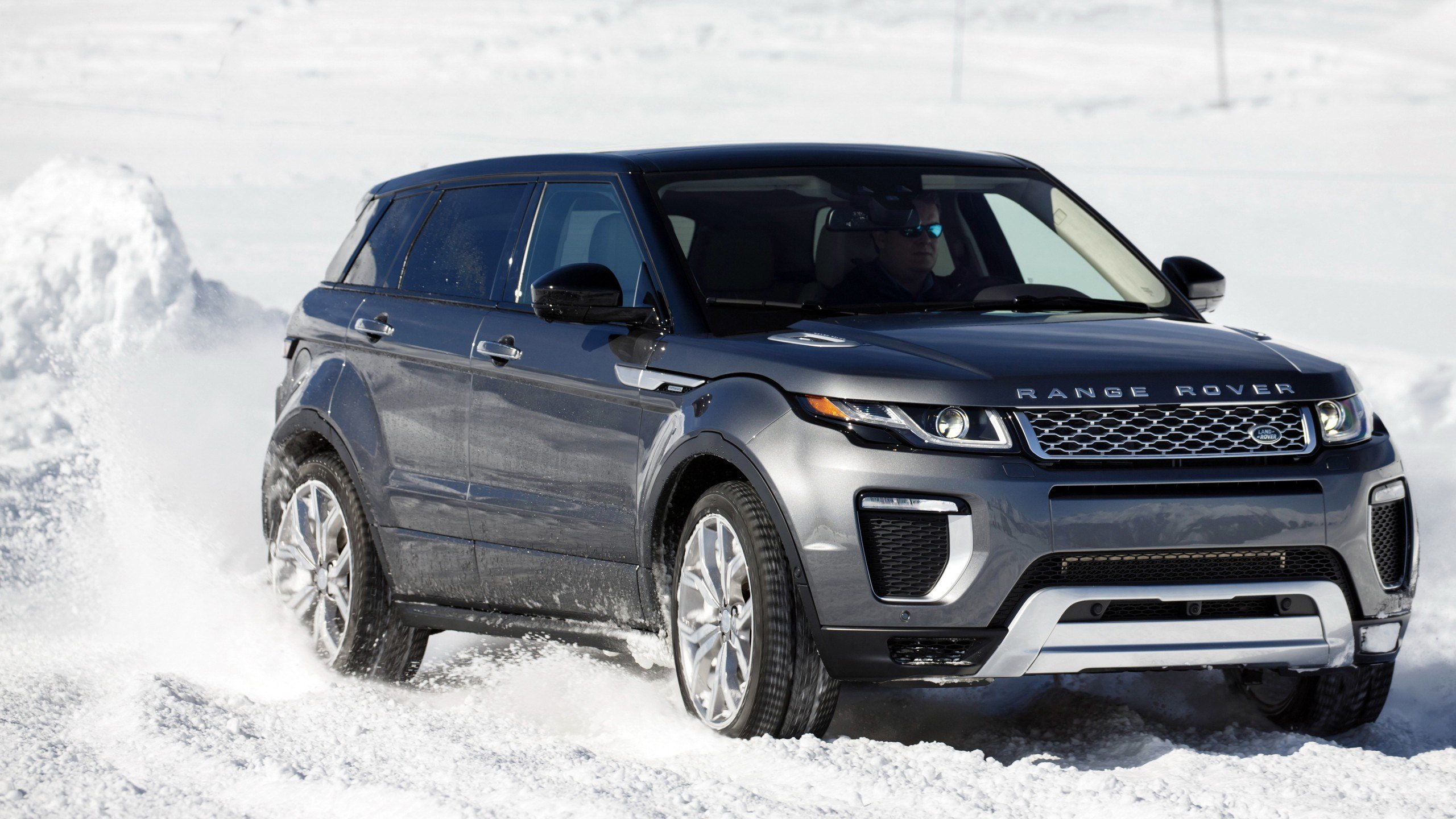 New 2016 Range Rover Evoque Autobiography 4K Wallpaper Hd On This Month