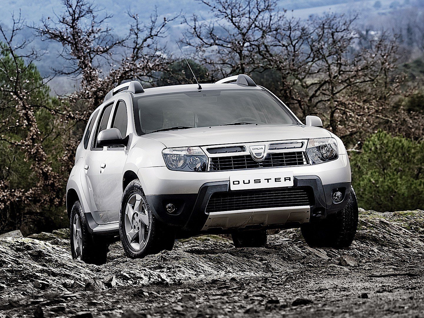 New Dacia Duster 2010 2011 2012 2013 Autoevolution On This Month