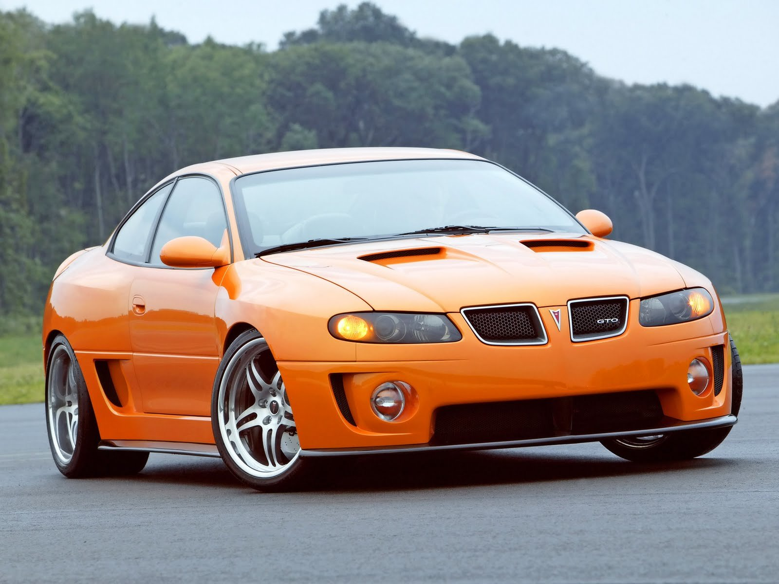 New Amazing Cars Reviews And Wallpapers 2011 Pontiac Gto On This Month