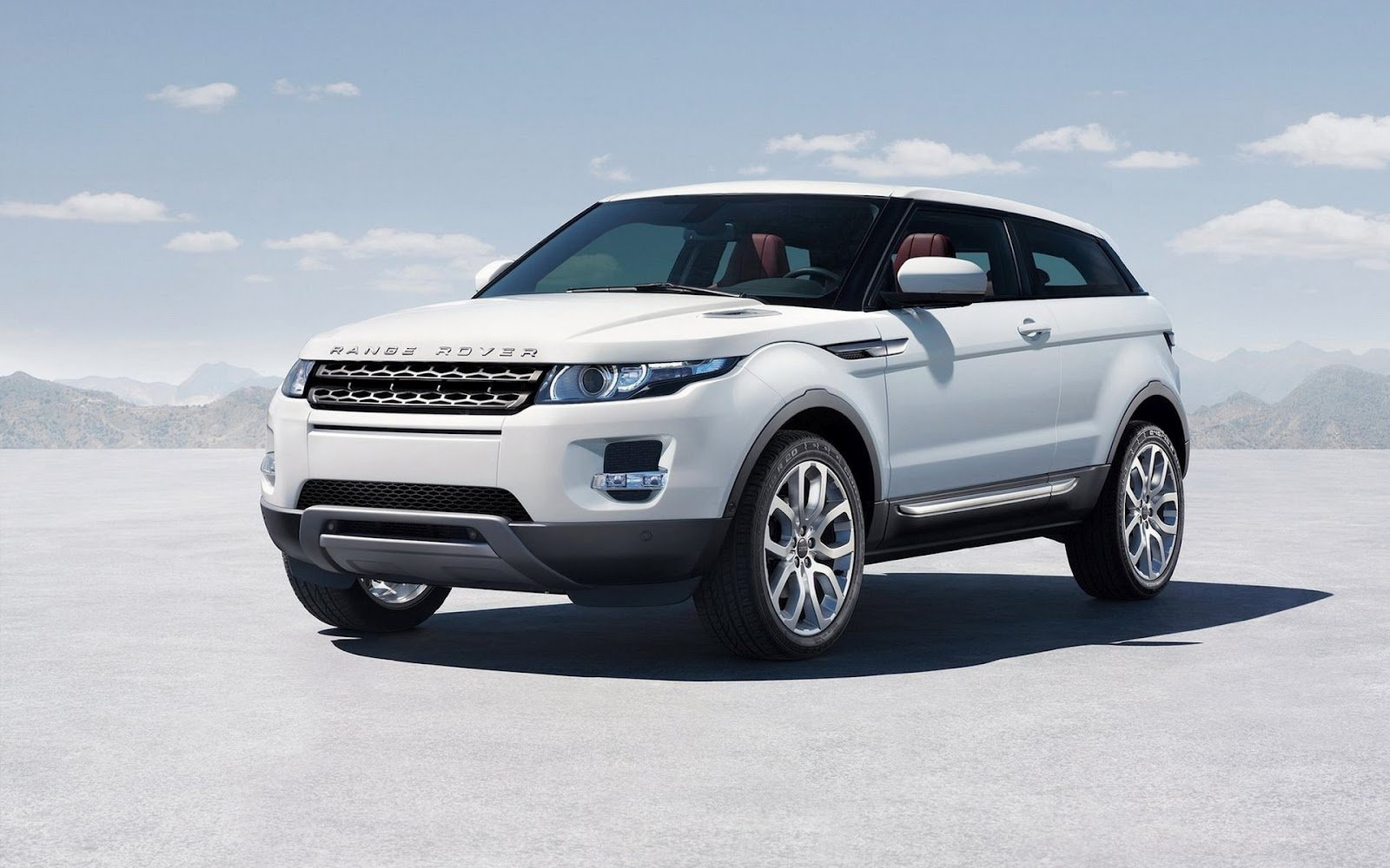 New Wallpapers Of Beautiful Cars Land Rover Range Rover Evoque On This Month