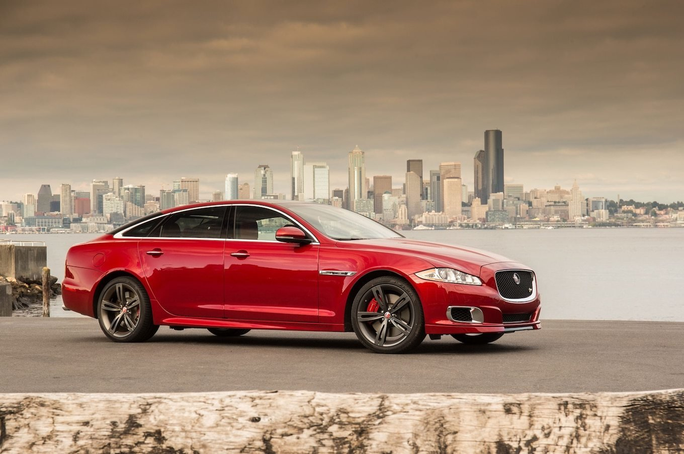 New 2014 Jaguar Xjr Long Wheelbase Quick Drive Motor Trend On This Month