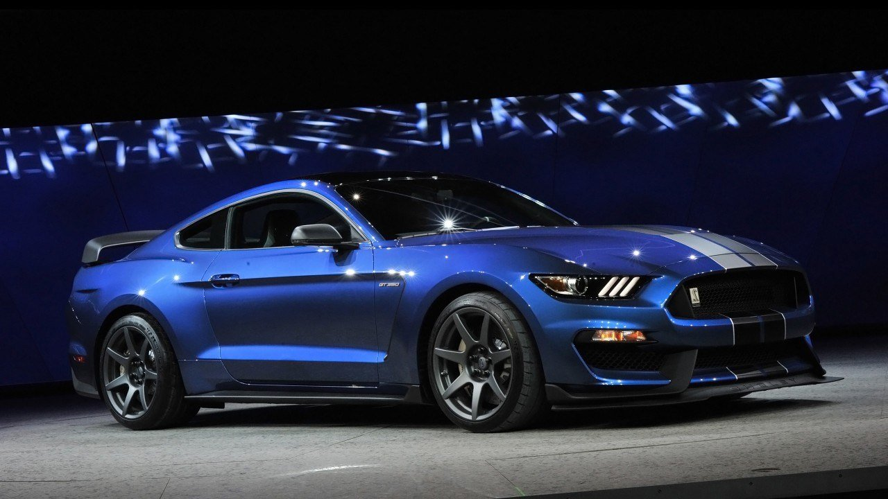 New 2016 Ford Shelby Gt350R Mustang 2 Wallpaper Hd Car On This Month