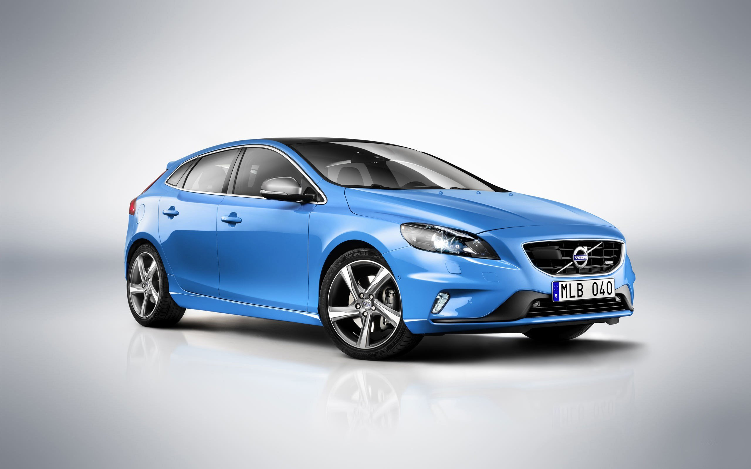New Volvo V40 R Wallpaper Hd Car Wallpapers Id 3089 On This Month