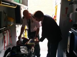 Nigel Huddleston MP visits ambulance hub 1