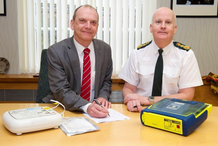 wolverhampton university and ambulance service work together to save lives 1