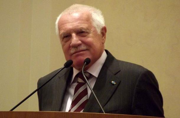 """Vaclav Klaus skierował do rządu petycję. """"Masowa imigracja stanowi fundamentalne zagrożenie dla stabilności Europy"""""""