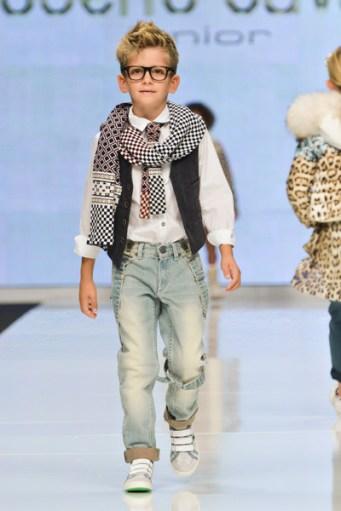 Fashion+Kids+For+Children+In+Crisis+Onlus+Spring+2013+K3ewCAv3F0Cl