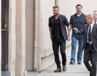 David-Beckham-Black-Clothes-001-800x630
