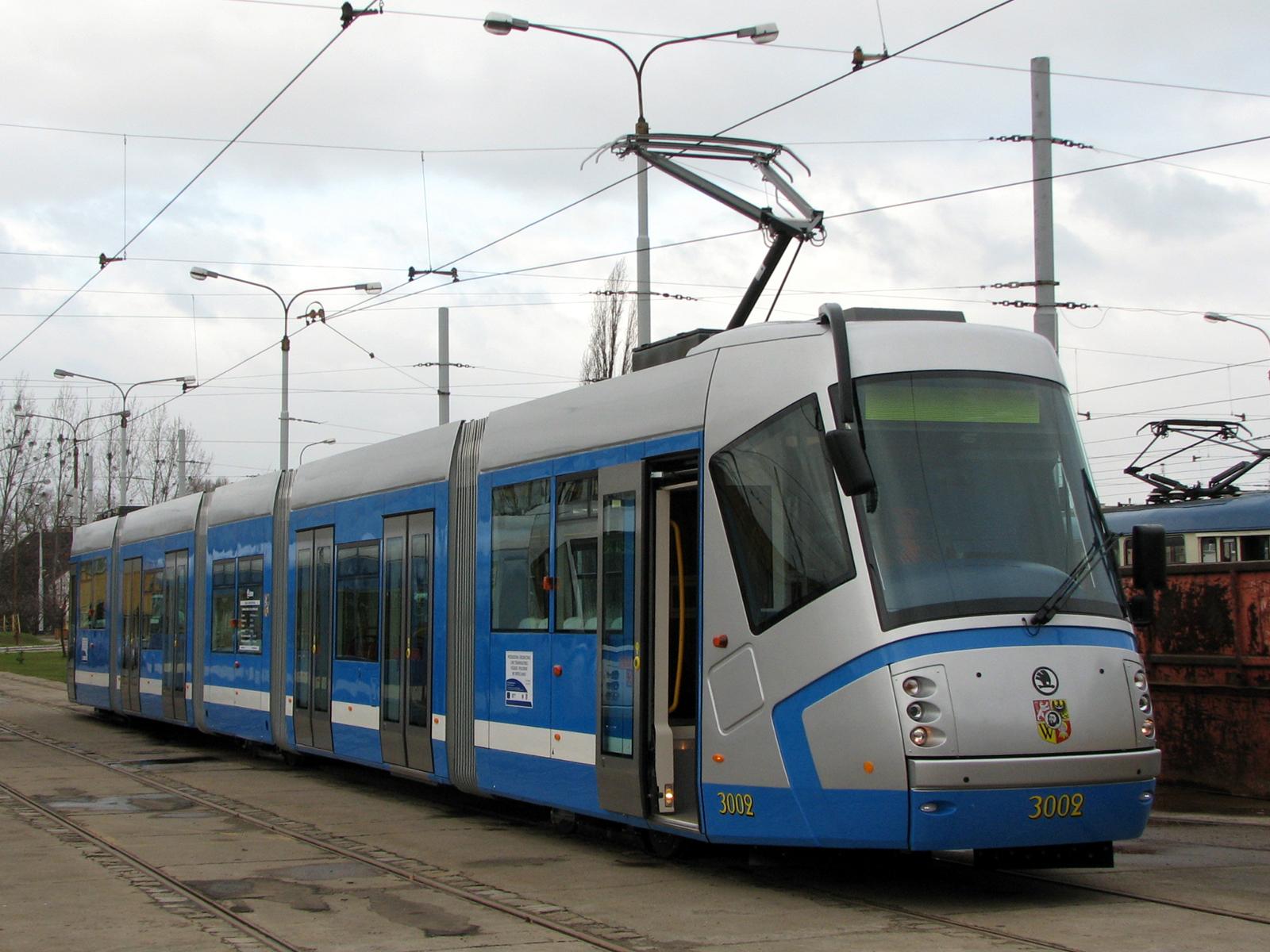 Škoda 16T we wrocławskiej zajezdni przy ul. Powstańców Śląskich