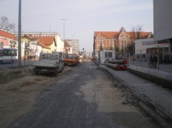 Budowa linii tramwajowej w alei Piłsudskiego (20 marca 2015)