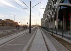 Linia tramwajowa przy alei Sikorskiego (31 października 2015) - przystanek Galeria Warmińska