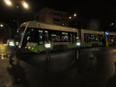 Solaris Tramino Olsztyn S111O #3001 na placu Jana Pawła II podczas drugiego przejazdu próbnego (20 listopada 2015)