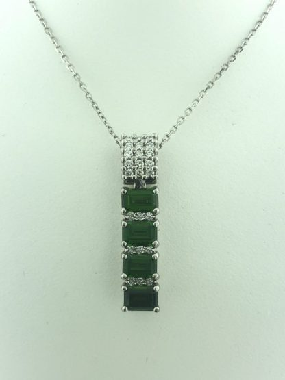 """14K WHITE GOLD NECKLACE WITH EMERALD PENDAND/6.6G/SIZE 18"""""""