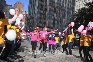 world-mission-society-church-of-god-avon-breast-cancer-walk-13