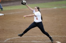 Hannah Dewey helped carry the Terps to victory and a sweep over Penn State. (Courtesy of UMTerps.com)