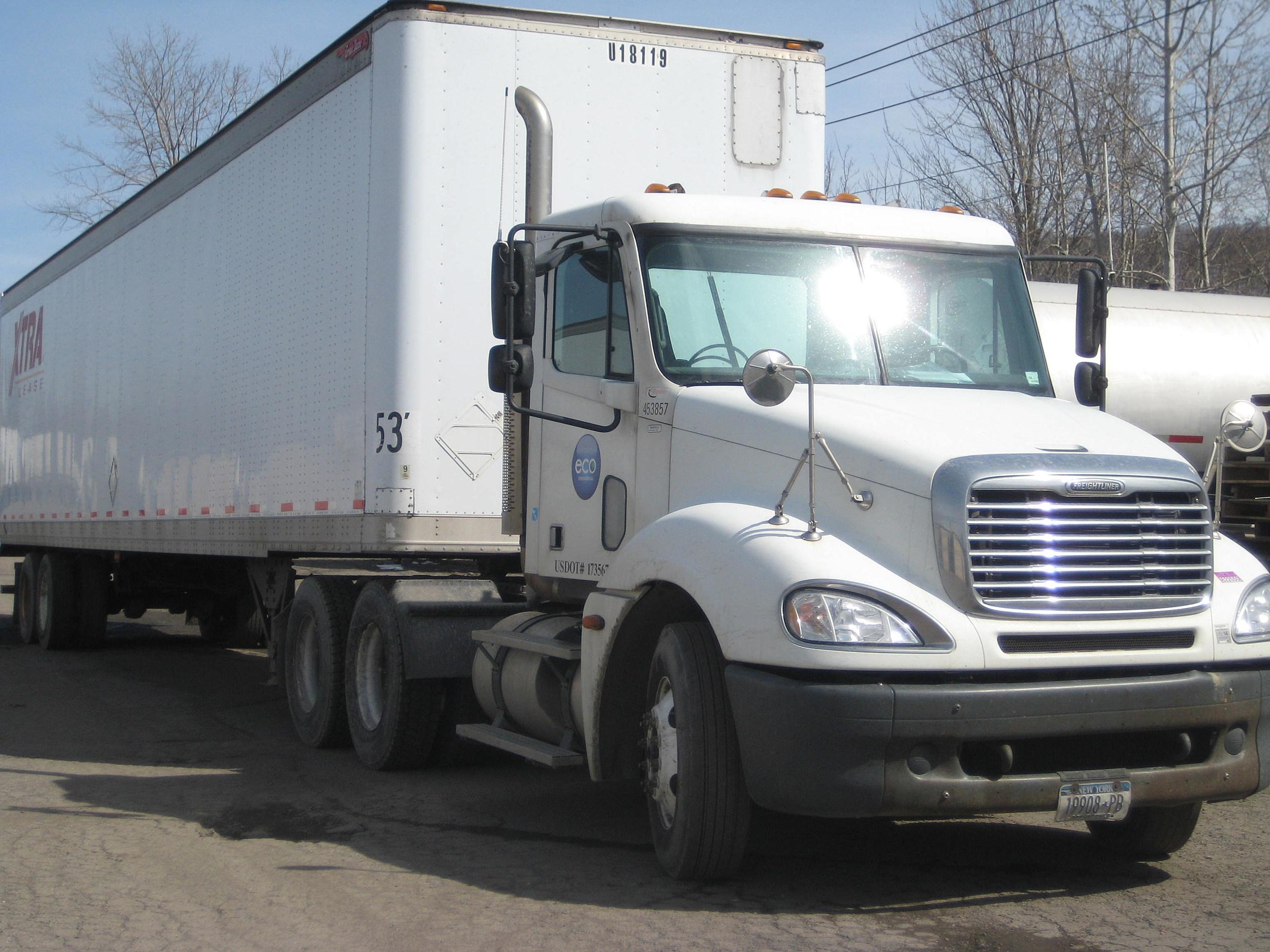 No Serious Injuries In Richford Van Tractor Trailer Crash